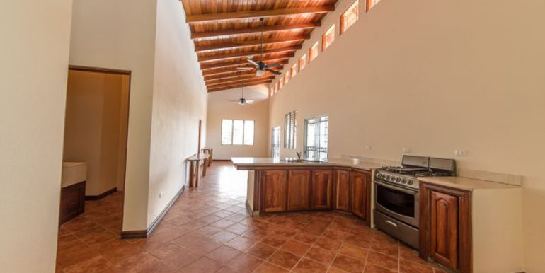 Cordoba_Upstairs_Kitchen_and_Family_Room545e59ce2126b