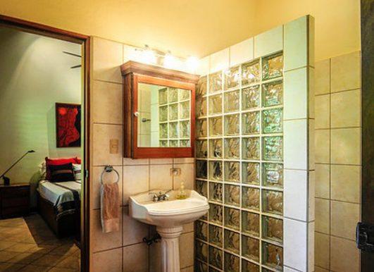 Nosara_Beach_Condo_Bathroom_252e18d19118a6