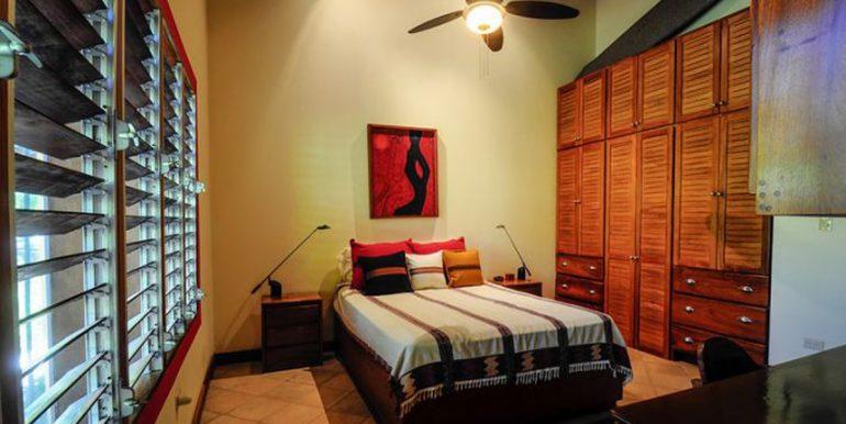 Nosara_Beach_Condo_Guest_Bedroom52e18d2ecc9be