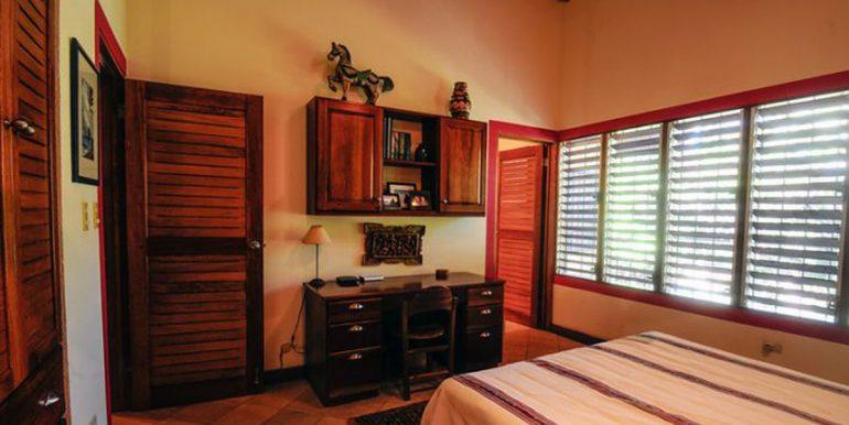 Nosara_Beach_Condo_Guest_Bedroom_352e18d342f2c6