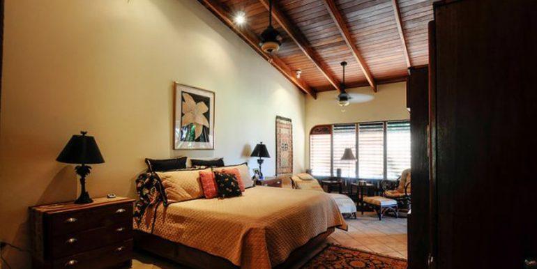 Nosara_Beach_Condo_Master_Bedroom52e18d3e9441e