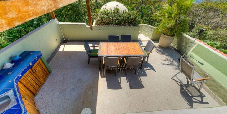 Villa_Clara_Vista_Roof_Deck_Dining54d554cc89831