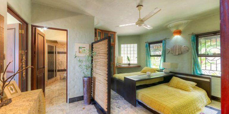 Villa_Clara_Vista_Spare_Beds54d554e194a93
