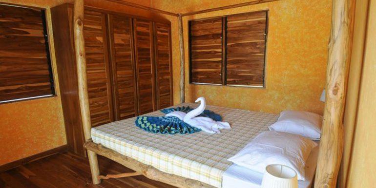 bedroom_1374525708