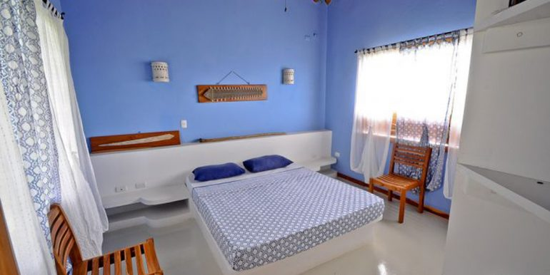 blue_master_bedroom_costa_rica_1374517365