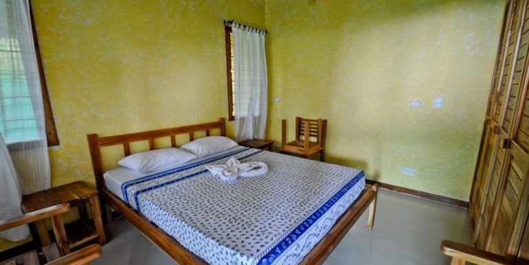 guest_bedroom_guiones_1374517365