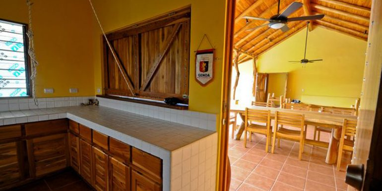 kitchen_and_rancho_1374524070