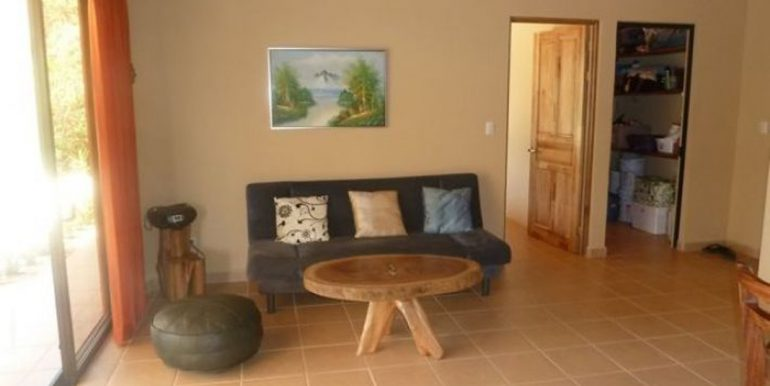 marbella-costa-rica-home-for-sale-living-room_1373481505
