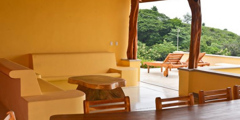 sitting_area_costa_rica_style_1374517484
