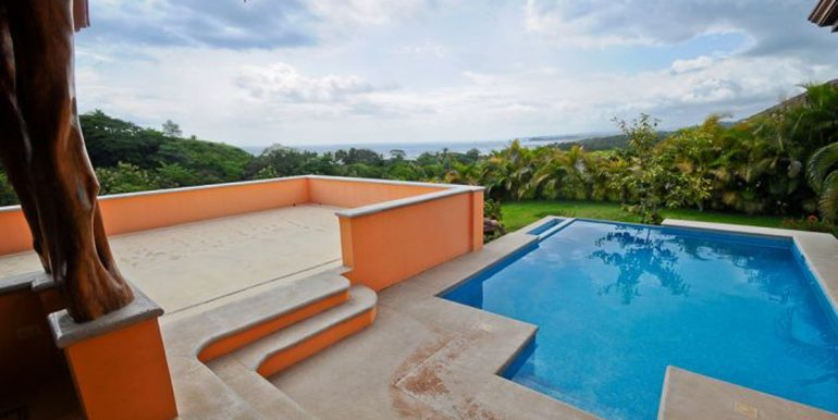 south_guiones_pool_open_patio_1374514960