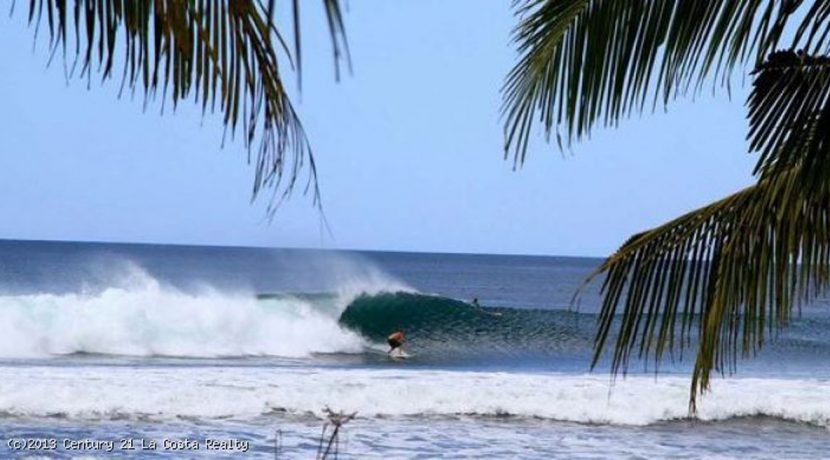 surfing-marbella-costa-rica_1376285233