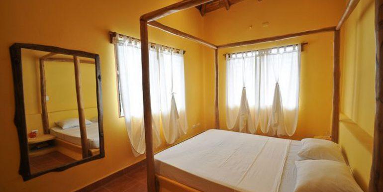 upstairs_bedroom_1374523994