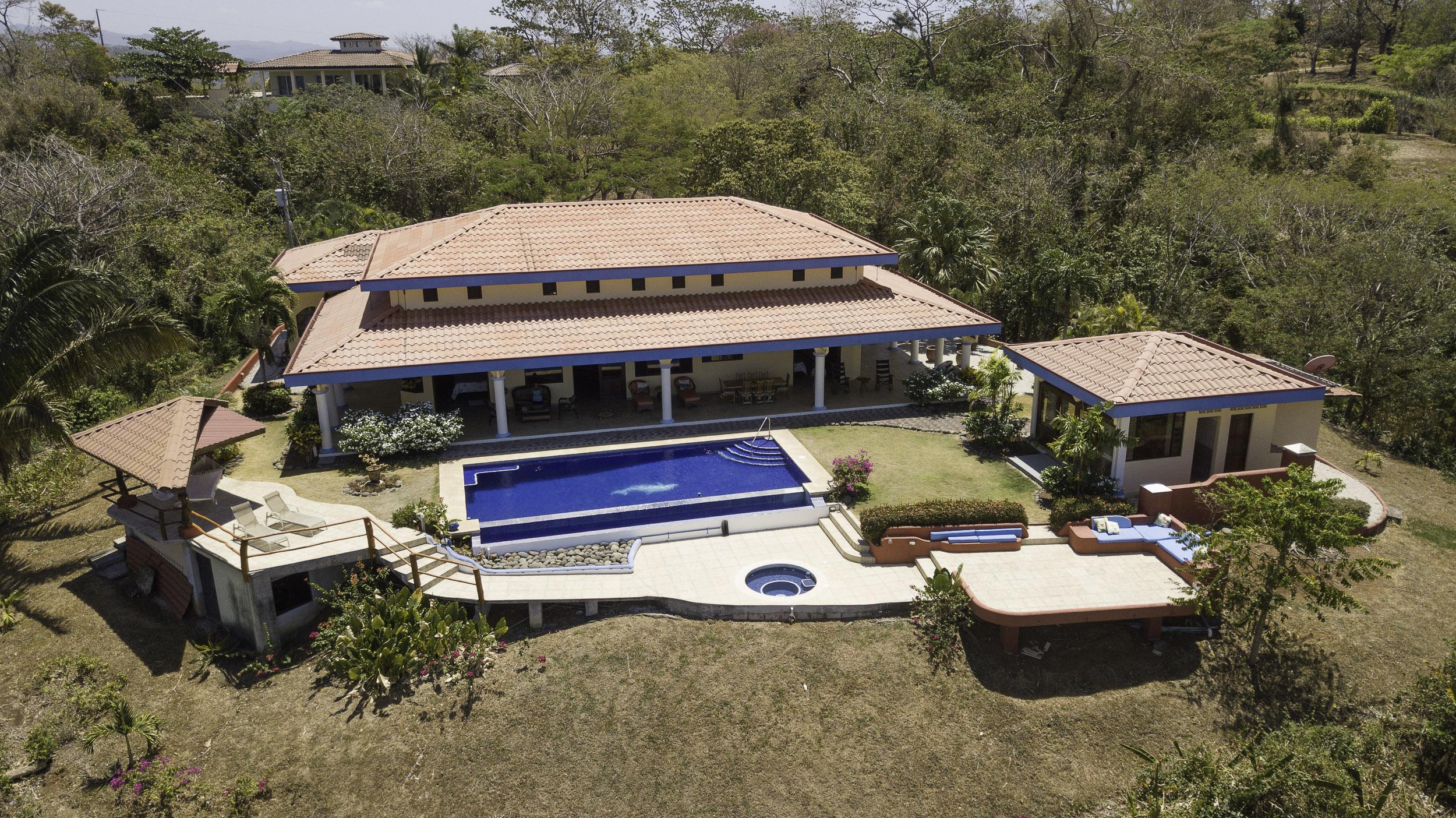 Casa Largo Ocean View Home in Garza