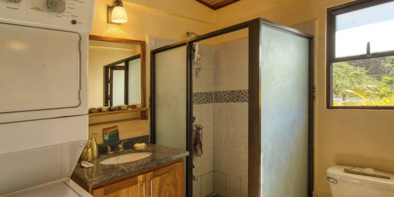 Casita # 2 bathroom_2500 pixels