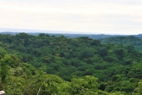 Find a large property for sale in Costa Rica